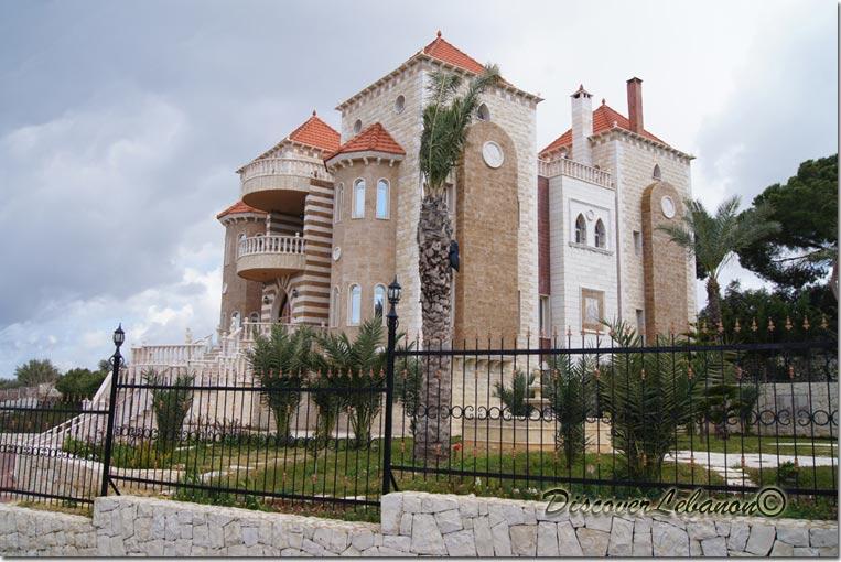 Discover lebanon image gallery old houses villa in monsef - Libanese villa ...