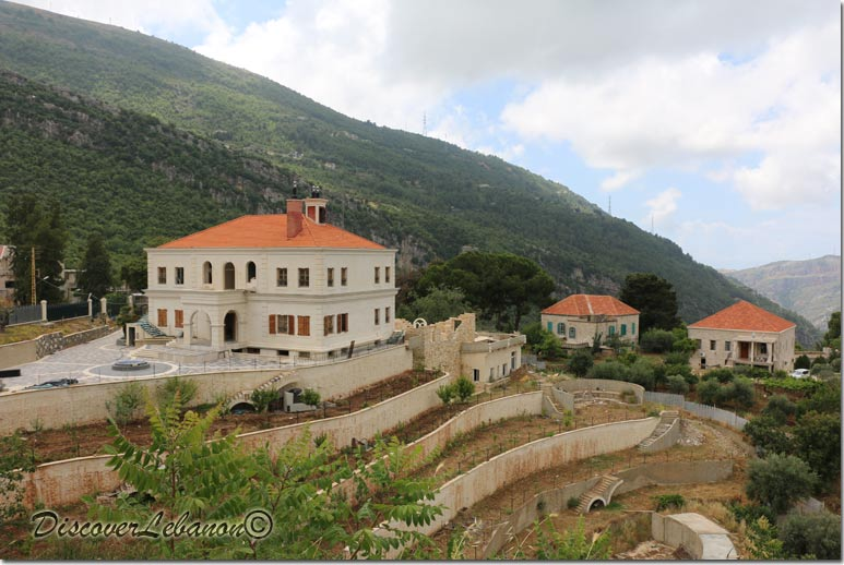 Discover Lebanon Image Gallery / Old Houses / Houses In