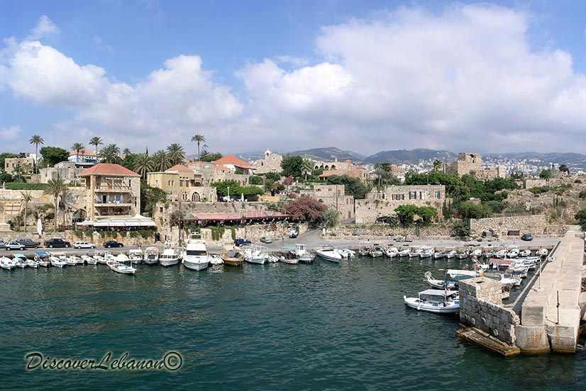 http://www.discoverlebanon.com/en/photos/data/media/3/03harborjbeil.jpg